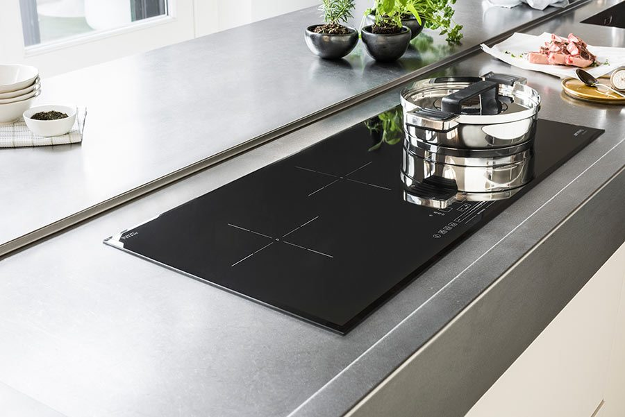 Induction cooking gas cooktop vs induction pros and cons for Glass cooktops pros and cons