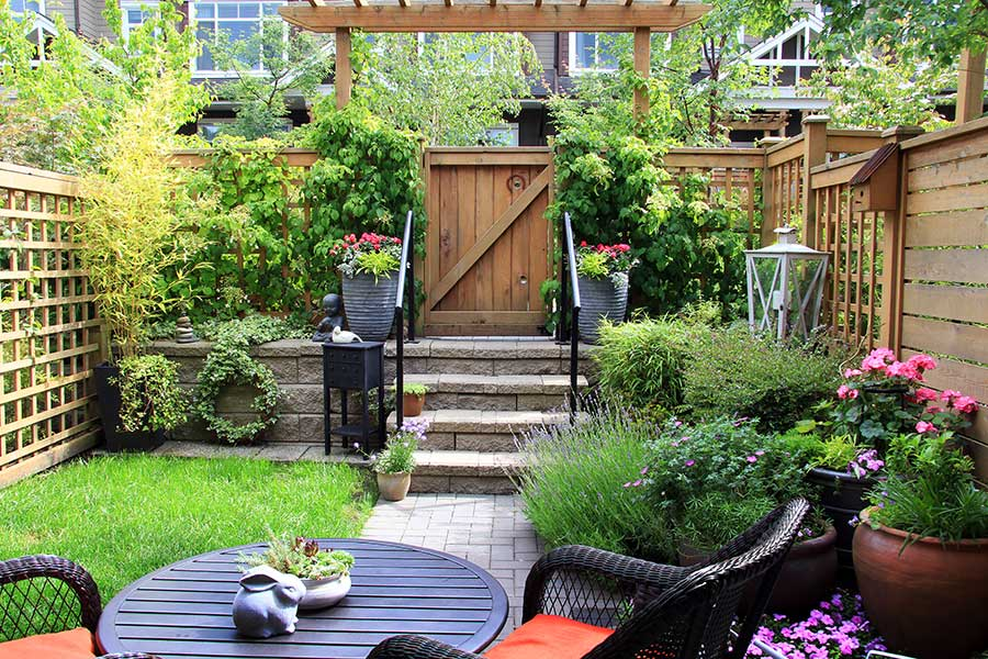 28 Tips For A Small Garden: Six Tips To Spruce Up A Small Garden In Time For Summer