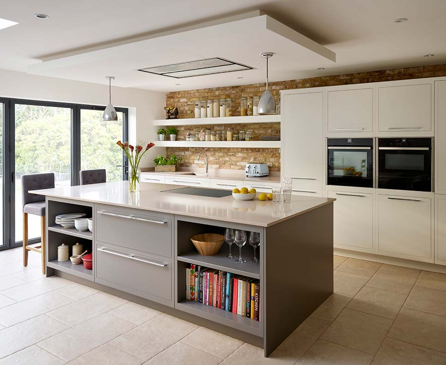 designs for kitchen diners open plan. Featuring sleek lines and concealed hinges for a contemporary aesthetic  the Linear kitchen by Harvey Jones comes primed ready painting in any colour 10 tips creating an open plan diner Property Price